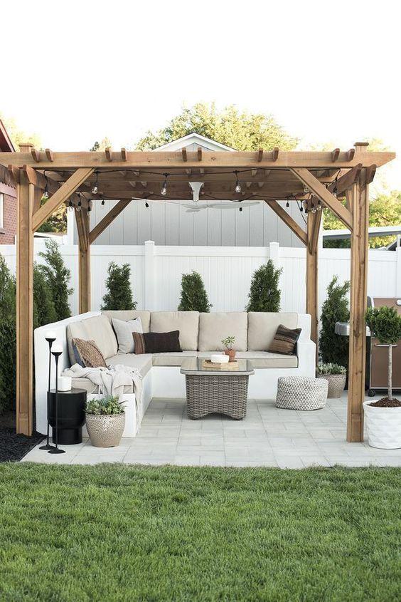 Modern Backyard Ideas: Modern Sitting Area