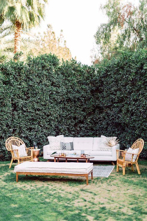 Modern Backyard Ideas: Elegant Decor Look
