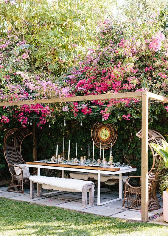 Outdoor Patio Ideas: Eye-Catching Decorative Spot