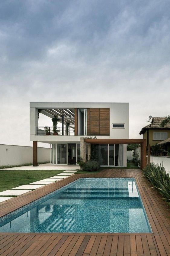 Swimming Pool Inspiration Ideas: Breathtaking Classic Pool