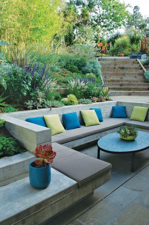 Backyard Inspiration Ideas: Stylish Modern Design
