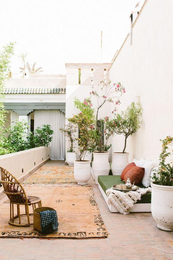 Backyard Inspiration Ideas: Beautiful Vintage Vibe