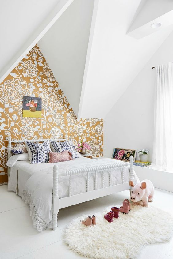 Bedroom Wallpaper Ideas: Brightly Eye-Catching