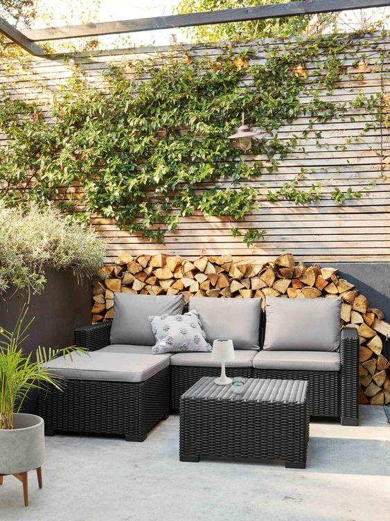 Cozy Backyard Ideas: Modern Rustic Vibe