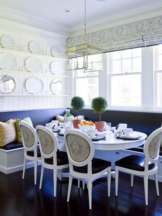 Dining Room Bench Ideas: Elegant Navy Spot