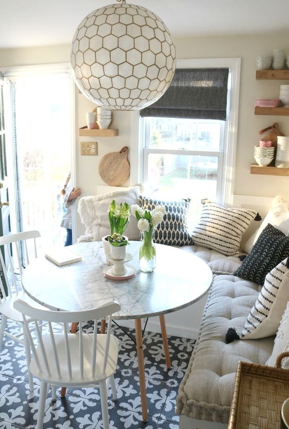 Dining Room Bench Ideas: Fluffy Bench Corner