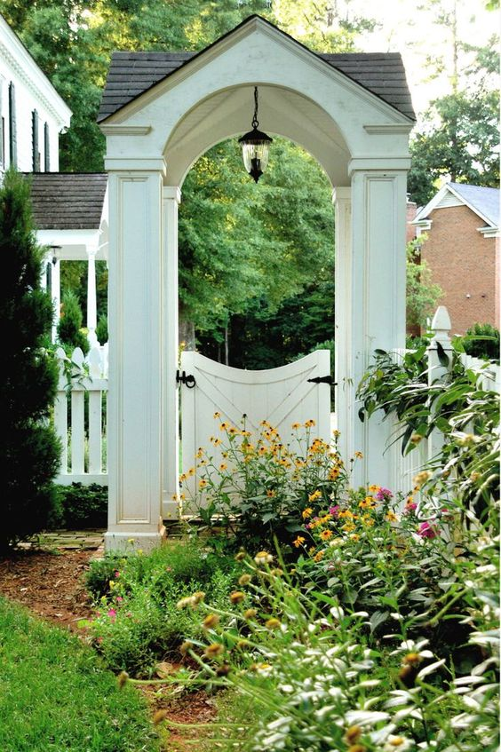 Fence Gate Ideas: Outstanding White Gate