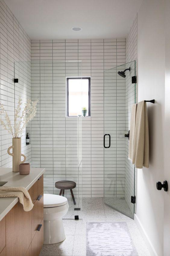 Guest Bathroom Ideas: Elegant Scandinavian Vibe