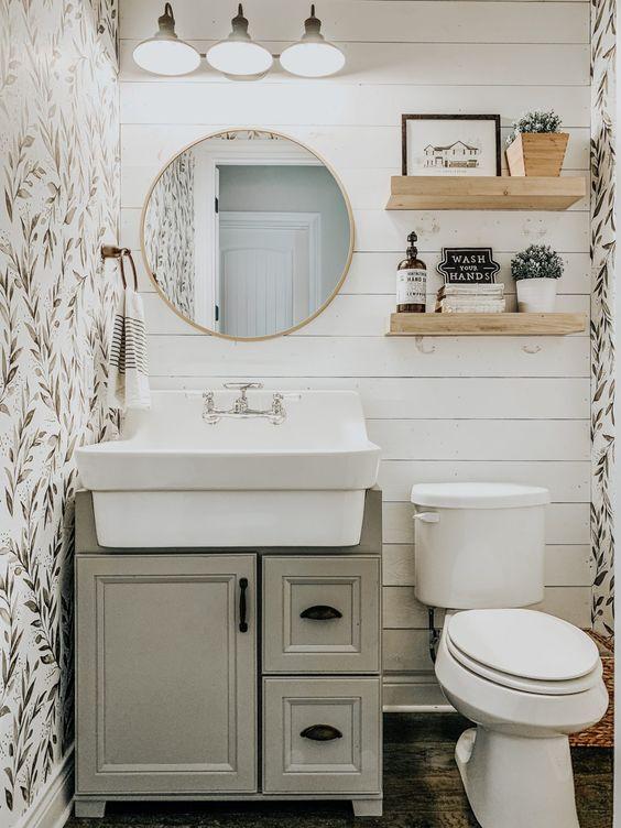 Guest Bathroom Ideas: Lovely Shabby Chic