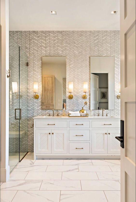 Guest Bathroom Ideas: Elegant and Luxurious