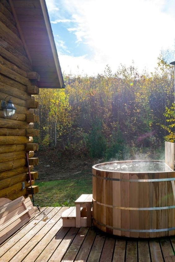 Hot Tub Design: Simple Wood-Fired