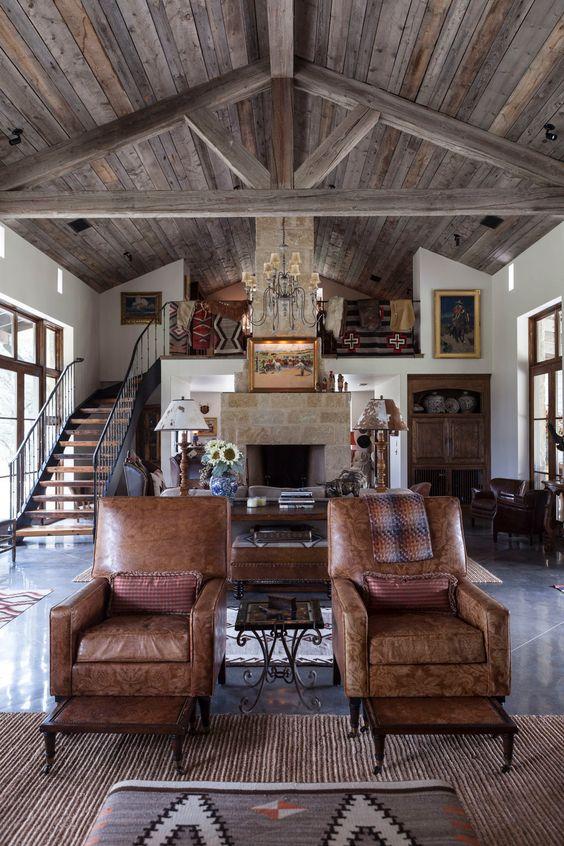 Industrial Living Room Ideas: Striking Exposed Beams