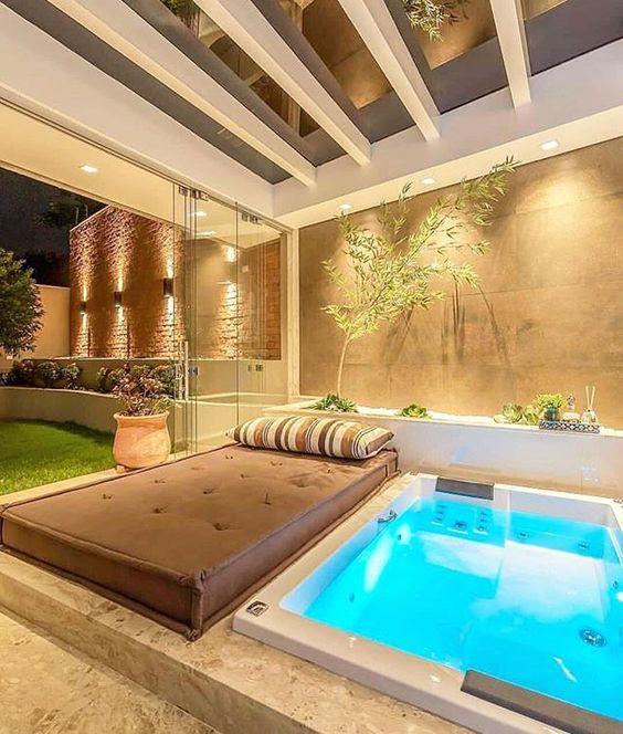 Modern Hot Tub Ideas: Elegant Indoor Tub