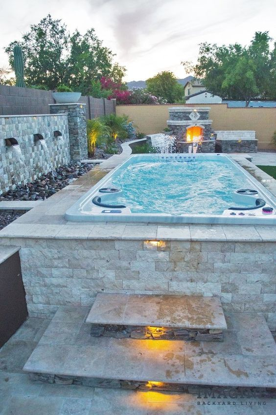 Modern Hot Tub Ideas: Exhilarating Outdoor View