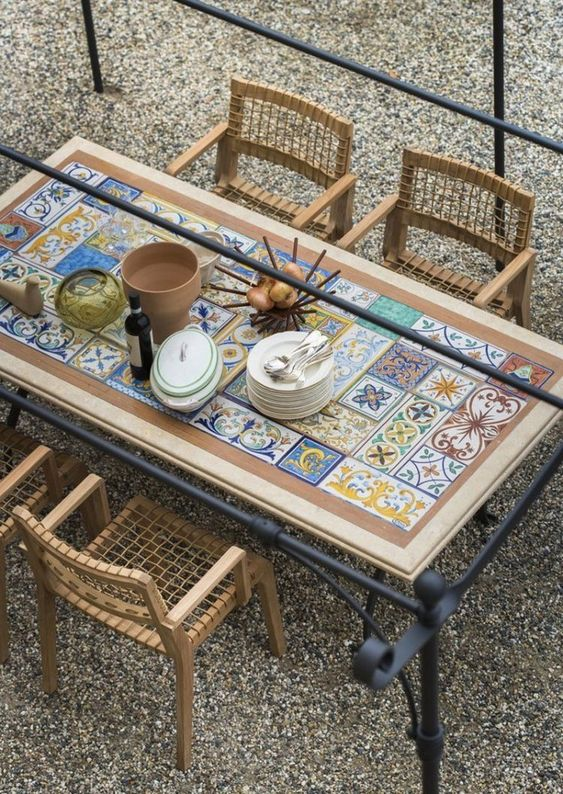 Patio Table Ideas: Unique Minimalist Decor