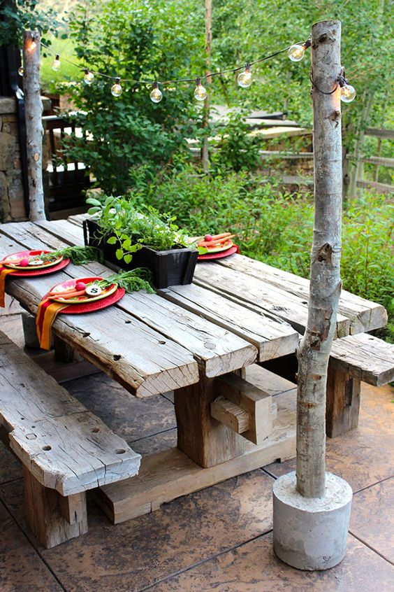 Patio Table Ideas: Striking Natural Rustic