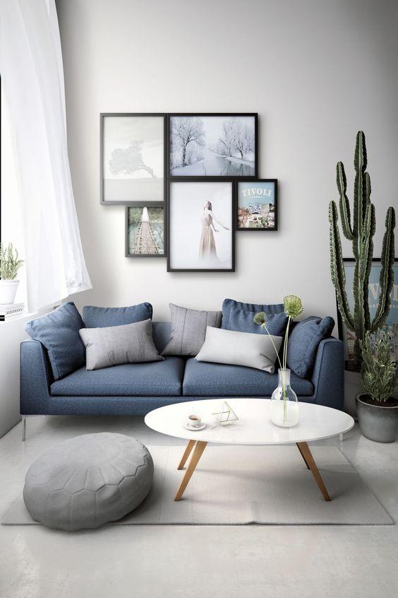 Simple Living Room Ideas: Elegant Navy Blue