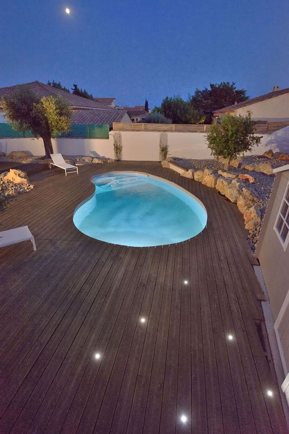 Swimming Pool Design Ideas: Stunning Pool Deck
