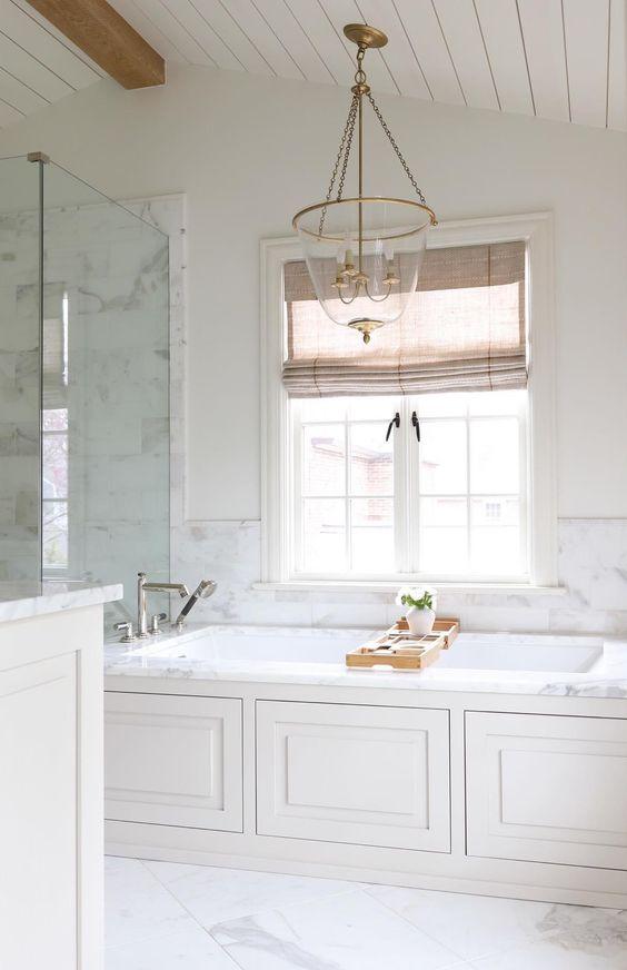 White Bathroom Ideas: Breathtaking Vintage Look