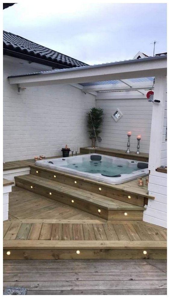 Hot Tub Pergola: Simple and Dreamy