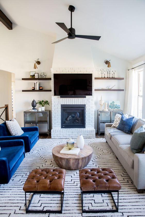 Living Room with Fireplace: Sleek Modern Design