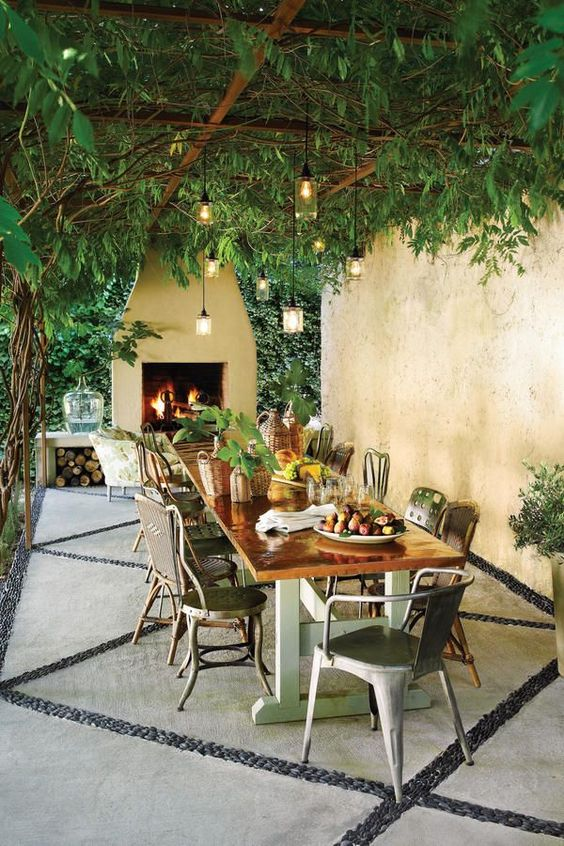 Patio Dining Ideas: Naturally Beautiful Shade