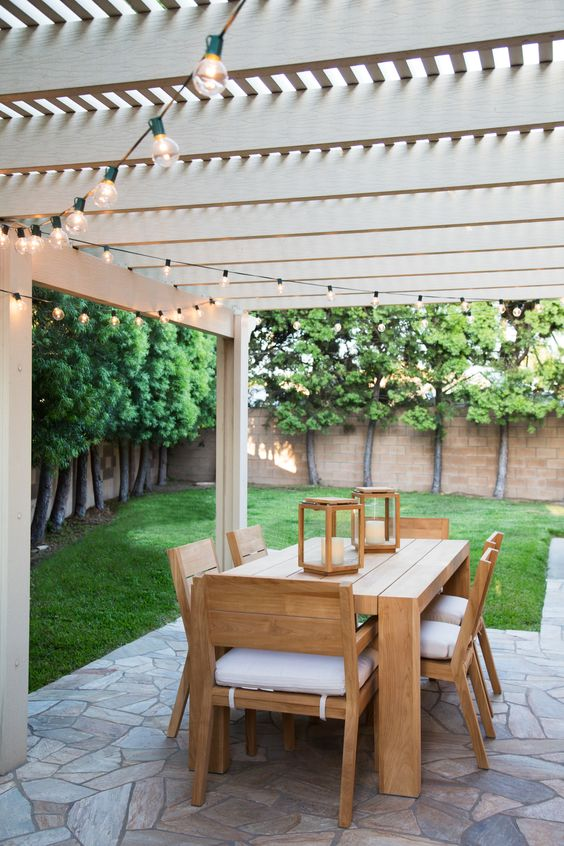 Patio Dining Ideas: Dreamy and Minimalist