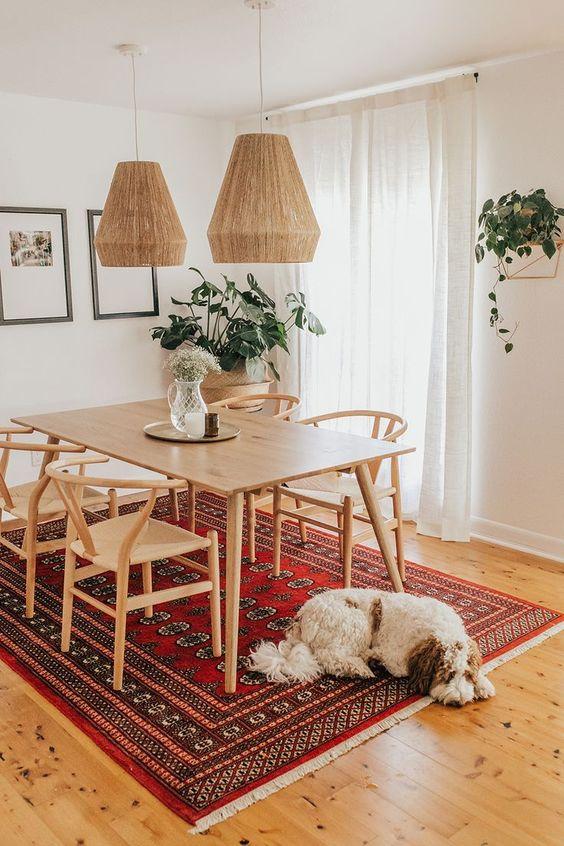 Simple Dining Room Ideas: Sleek Mid-Century Decor