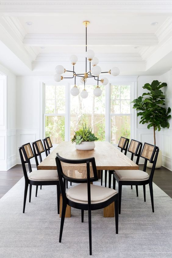 Simple Dining Room Ideas: Chic Semi-Formal