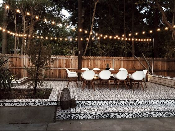 How To Hang String Lights In Backyard Without Trees 4