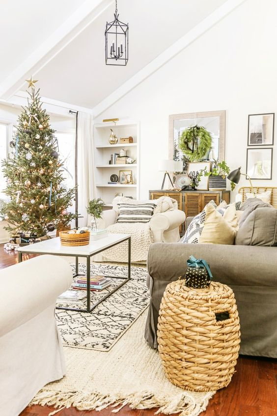 Christmas Living Room Ideas 10