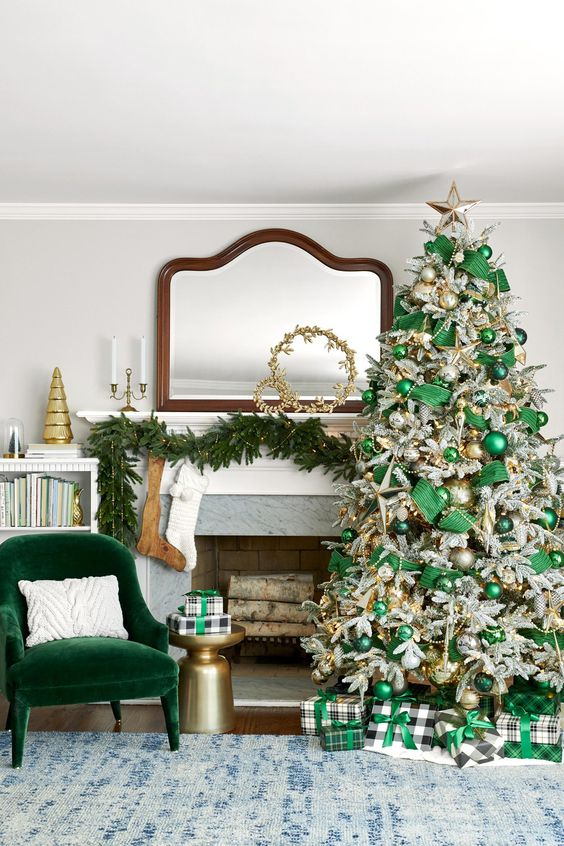 Christmas Living Room Ideas 8