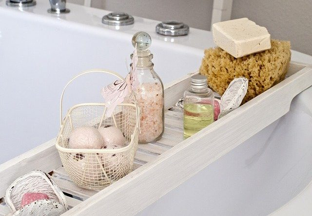Tips for Making the Most Relaxing Bath to Relieve Stress