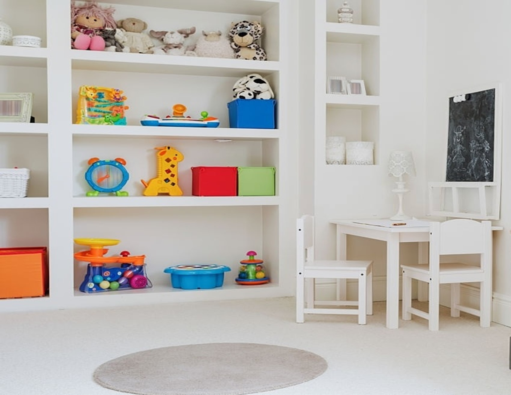 Decorating Your Kid's Room on A Budget